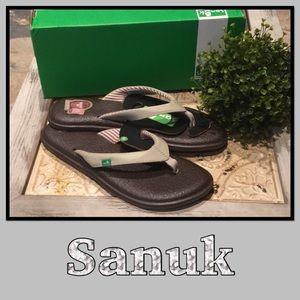 Sanuk Yoga Chakra Flip Flops